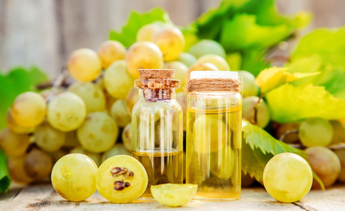 Struguri bio, cum se pot transforma sâmburii în făină sau ulei?
