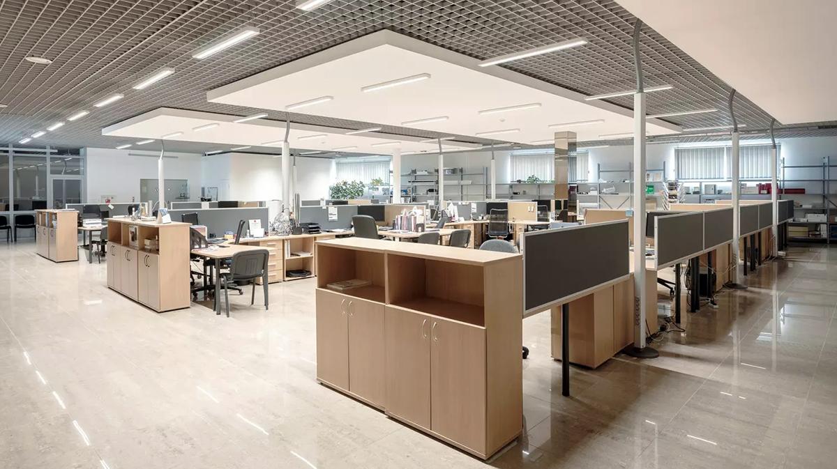 Birouri, cum trebuie iluminate spațiile de lucru în mod eficient